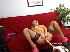 Machine, Lea lexis gets her feet licked by her slave, Xhamster.com