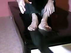 Latex, 2 men cum on feet, Pornhub.com