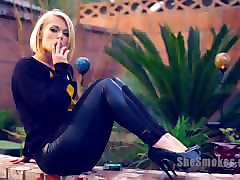 Smoking, Ash hollywood deep, Pornhub.com
