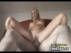 Swallow with long fingernails, Fapli.com