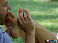 Babe, Footjob, Facial, Guy diddles babe driven nut by her delicio, Gotporn.com