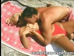Beach, Flashing on the beach, Pornhub.com